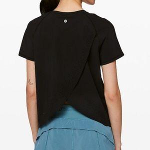 Lululemon Quick Pace short sleeve shirt